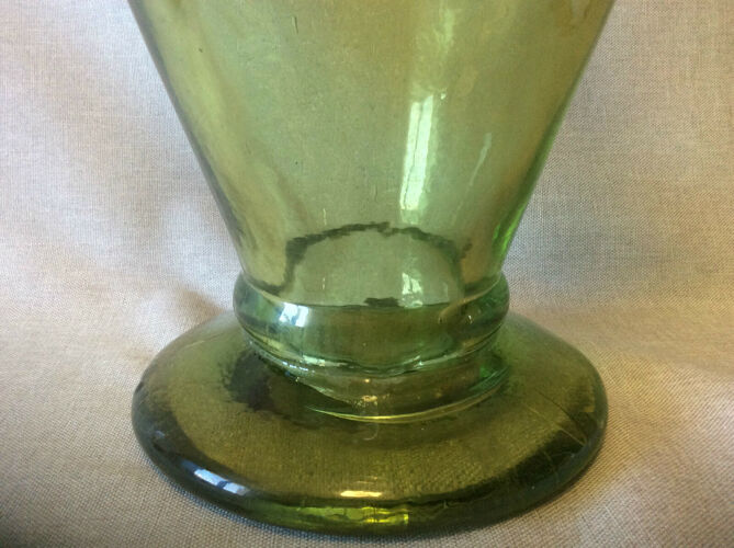 Vase urne verre moulé côtélé XVIII deb XIX sud-ouest