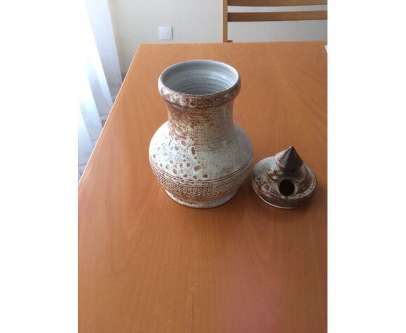 Grimaud faience sandstone olive pot