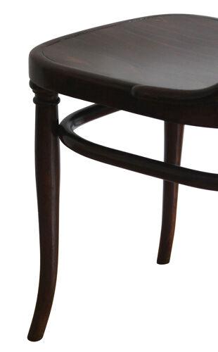Paire de chaises des années 1910 modèle n ° 221 par Gebrüder Thonet