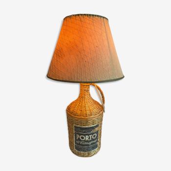 Lampe bouteille en rotin vintage