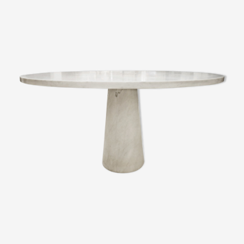 Angelo Mangiarotti round dining table in marble 1970s