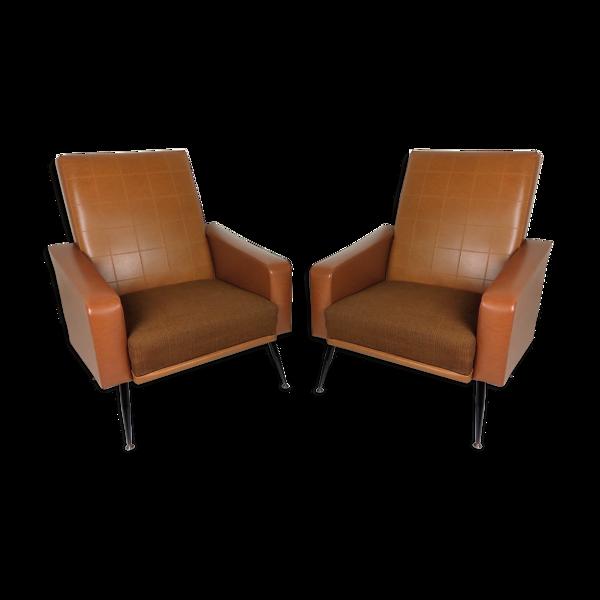 Paire de fauteuils skaï vintage 1960