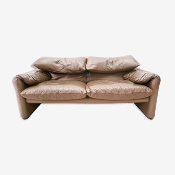 2-seater Maralunga sofa by Vico Magistretti