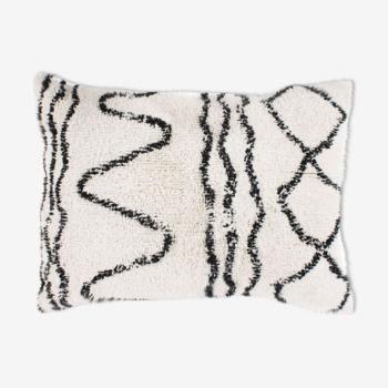 Coussin berbere 60x80 blanc motif noir
