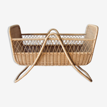 Baby cot in rattan and wicker from the 60s