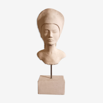 Woman bust in plaster