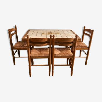Ensemble table chaises et tabourets pour cuisine ou salle à manger