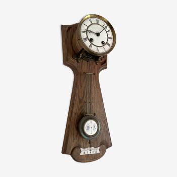 Horloge ancienne en bois