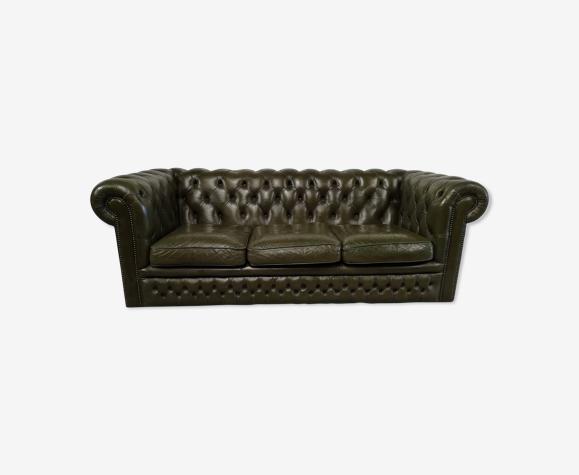Canapé Chesterfield cuir vert trois places