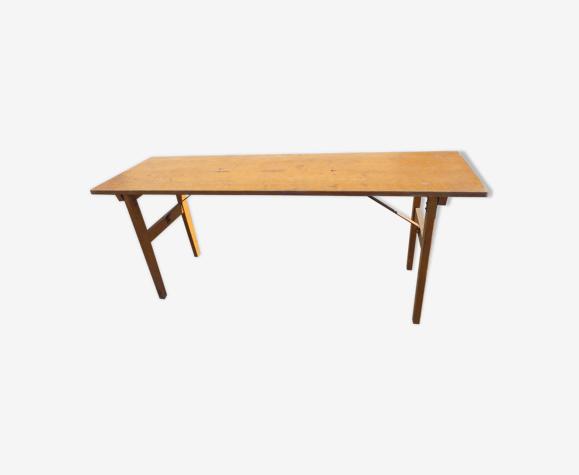 Table pliante de brasserie