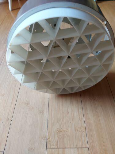 Suspension scandinave en métal