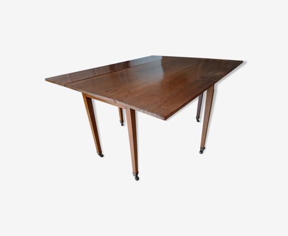 Table noyer époque restauration