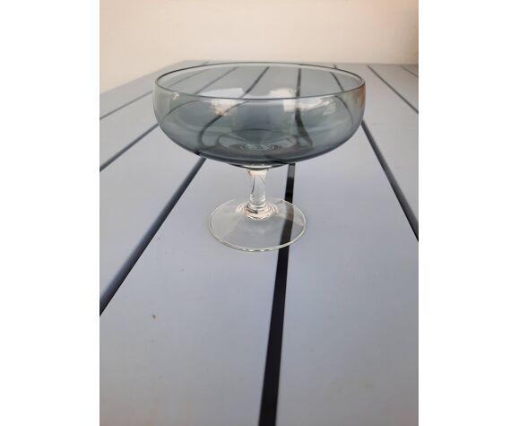 Set de 12 coupes à champagne en verre fumé