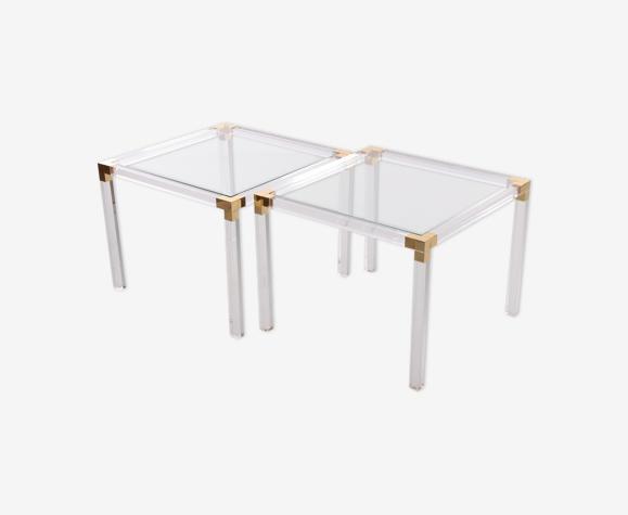 Ensemble de tables basses en plexiglas ou table d'appoint Hollywood Regency Style.