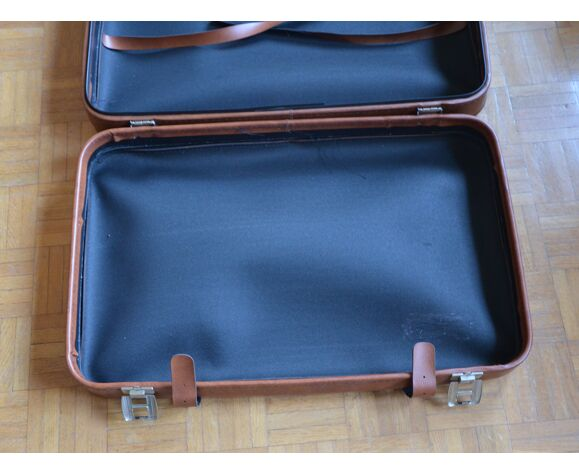 Valise de taille moyenne en skaï