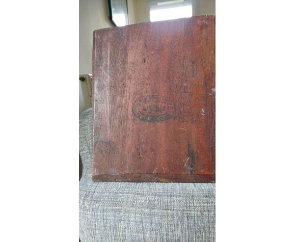 Portrait  19 eme, huile sur bois signée.