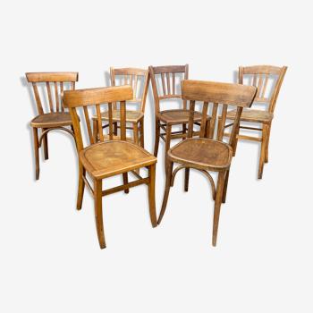 Lot 6 chaises bistrot dépareillées bois courbé