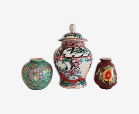 Ensemble de trois vases chinois