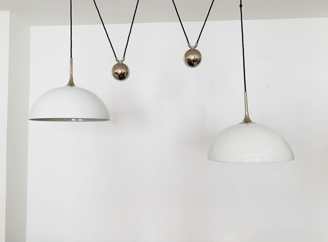 Double Posa pendant lamp with counterweight from Florian Schulz