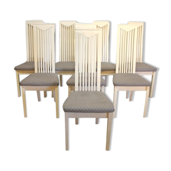 Serie de huit chaises