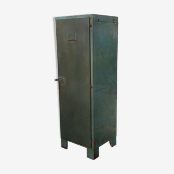 Armoire métallique ancienne