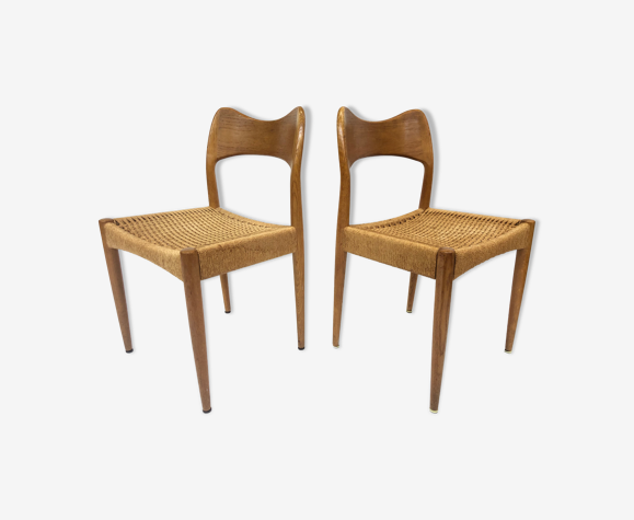 Paire de chaises modèle 71 par Niels Otto Møller