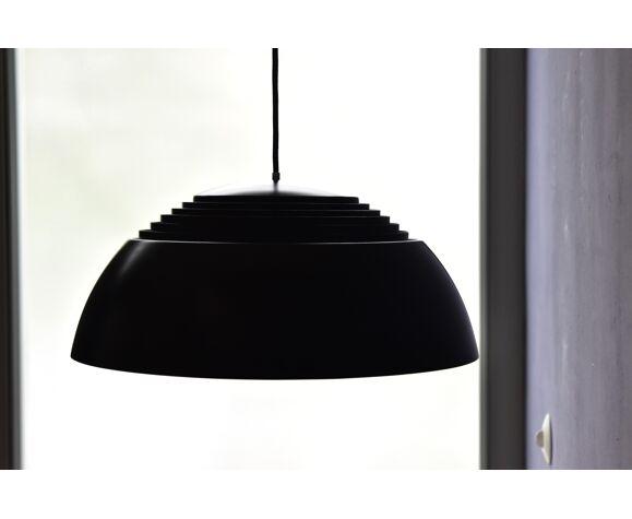 Suspension AJ Royal d'Arne Jacobsen par Louis Poulsen Danemark
