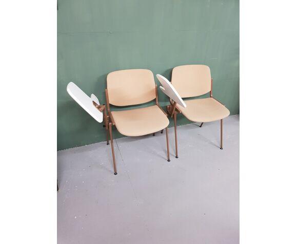 Paire de chaises par Giancarlo Piretti pour Castelli