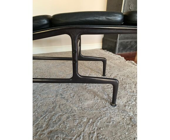 """Chaise longue sofpad ES106 ou """"Billy Wilder"""" de Charles et Ray Eames édition Hermann Miller"""
