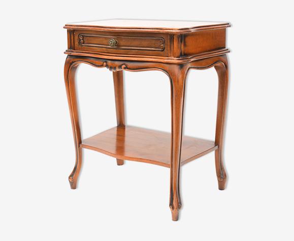 Table de chevet de style Louis XV