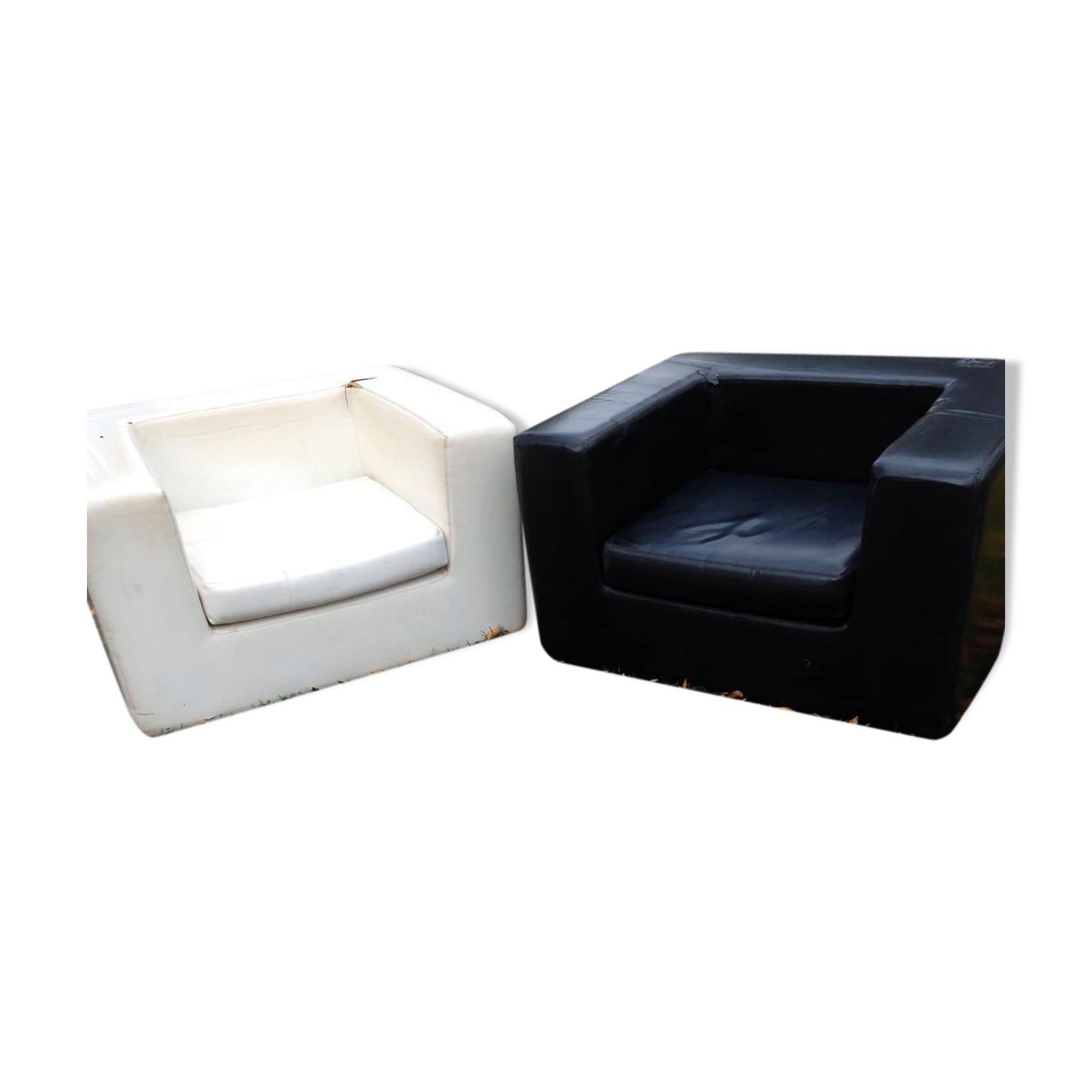 Paire de fauteuils Skaï design années 70 Zanotta - Willie Landels
