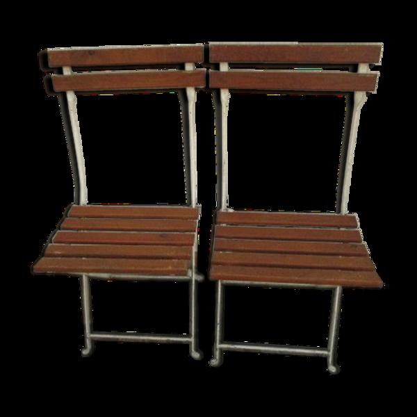 Paire de chaises de jardin pliantes anciennes