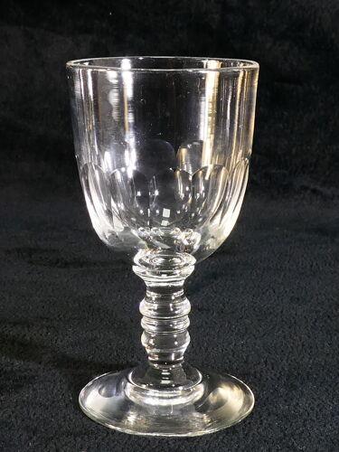 6 verres a vin blanc en cristal de Baccarat modele medicis