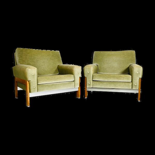 Paire de fauteuils clubs modernistes 1950's
