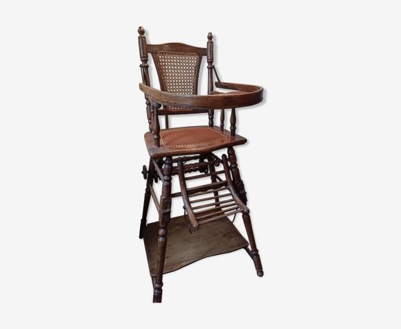 Chaise haute vintage pour bébé