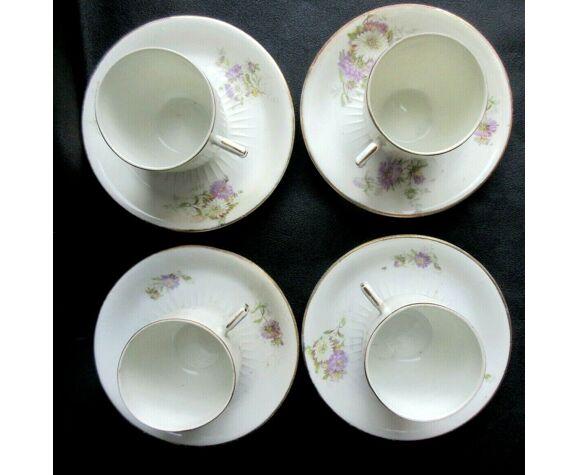 Set de 4 tasses et 4 soucoupes en porcelaine fine de Limoges, décor fleuri