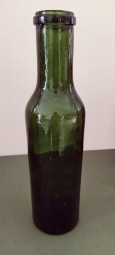 Ancienne bouteille en verre de lait