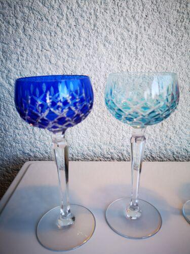 Verres à vin blanc en cristal de couleurs