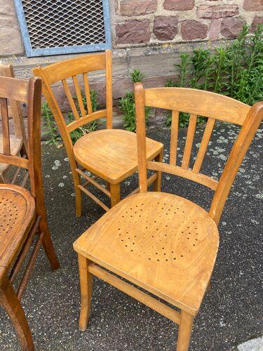 Lot de 10 chaises bistrot dépareillé vintage