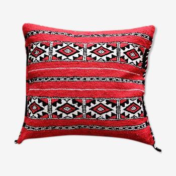Coussin marocain berbère kilim rouge fait main 40 x 45 cm
