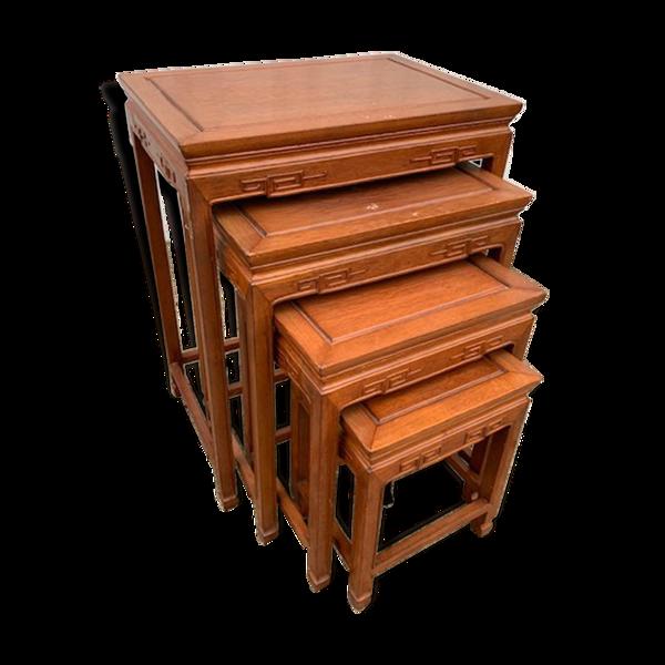 4 tables gigognes