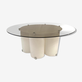 Space age lounge table in white Plexiglas