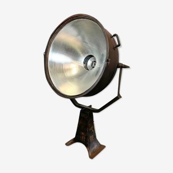 Coup de projecteur industriel, années 1950