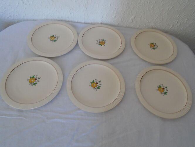 Set de 6  assiettes plates Longwy décor petites fleurs en émaux anciennes