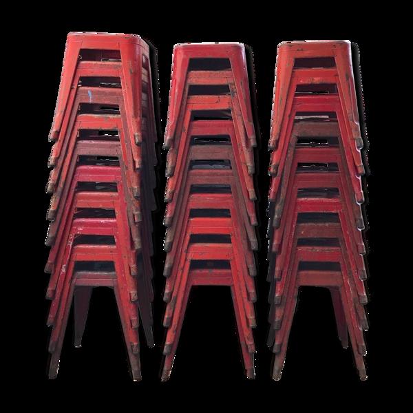 Lot de 30 tabourets Tolix T45 rouge, vers 1950