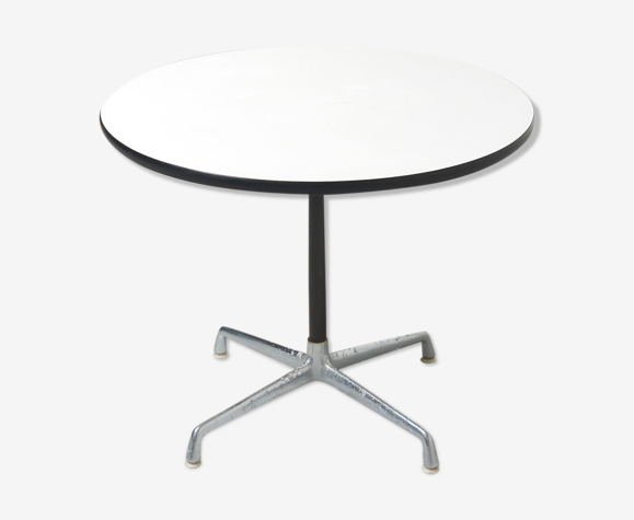 Round Dining Table By Charles And Ray, Herman Miller Eames Round Dining Table