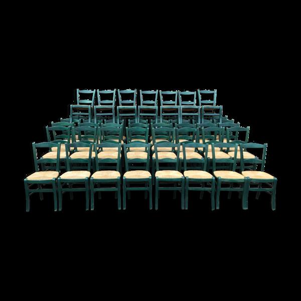 Lot de 70 chaises bistrot restaurant vintage