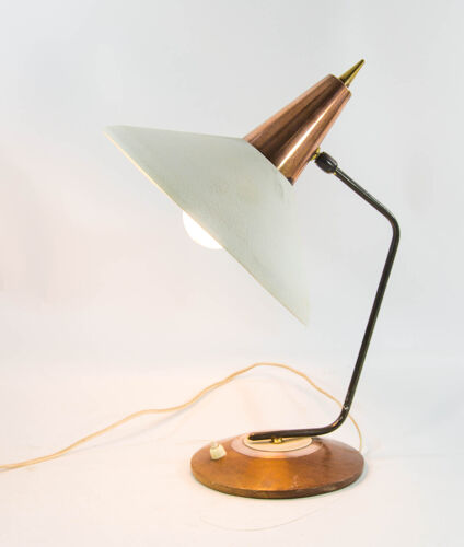 Lampe de table Herdae en teck et cuivre