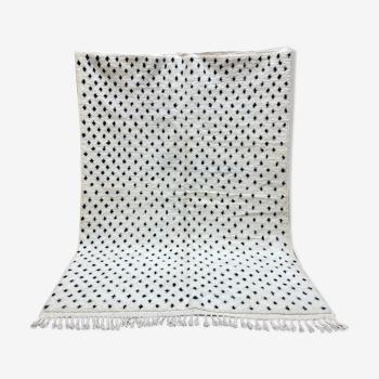 Tapis laine blanc au points noirs 206x295cm