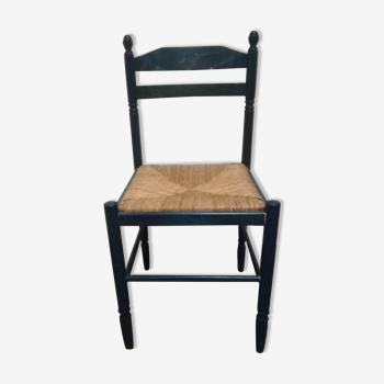 Chaise en bois bleue assise osier
